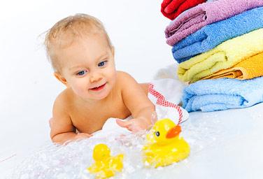Babys Haare Waschen Und Kopfhaut Pflegen