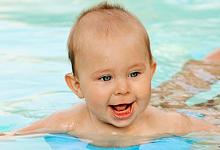Babyschwimmen - was wird in einem Kurs gemacht? | Alle ...