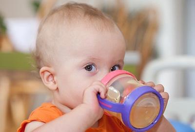 Durchfall Besonders Für Kleine Kinder Gefährlich Alle Infos Bei