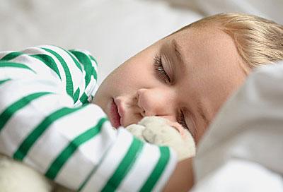ruhe im elternschlafzimmer wenn kinder nicht alleine schlafen wollen alle infos bei rund ums baby. Black Bedroom Furniture Sets. Home Design Ideas