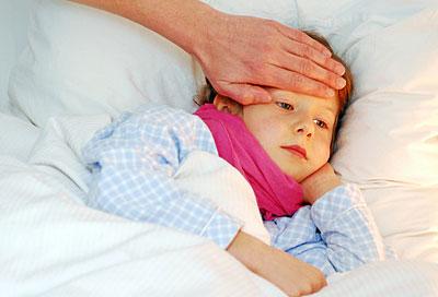 Erwachsenes Symptom wiederkehrendes hohes Fieber