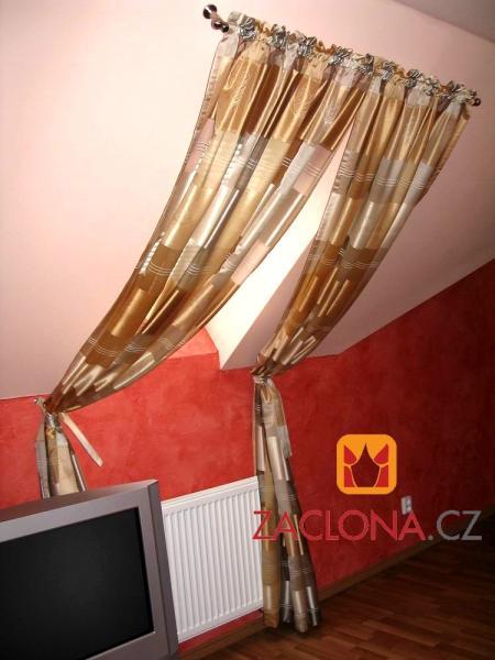 dachfenster welche gardinen vorh nge m glich forum einrichten und deko. Black Bedroom Furniture Sets. Home Design Ideas