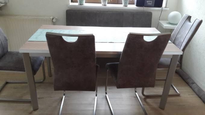 wandschutz am esstisch hat jemand eine idee forum einrichten und deko. Black Bedroom Furniture Sets. Home Design Ideas