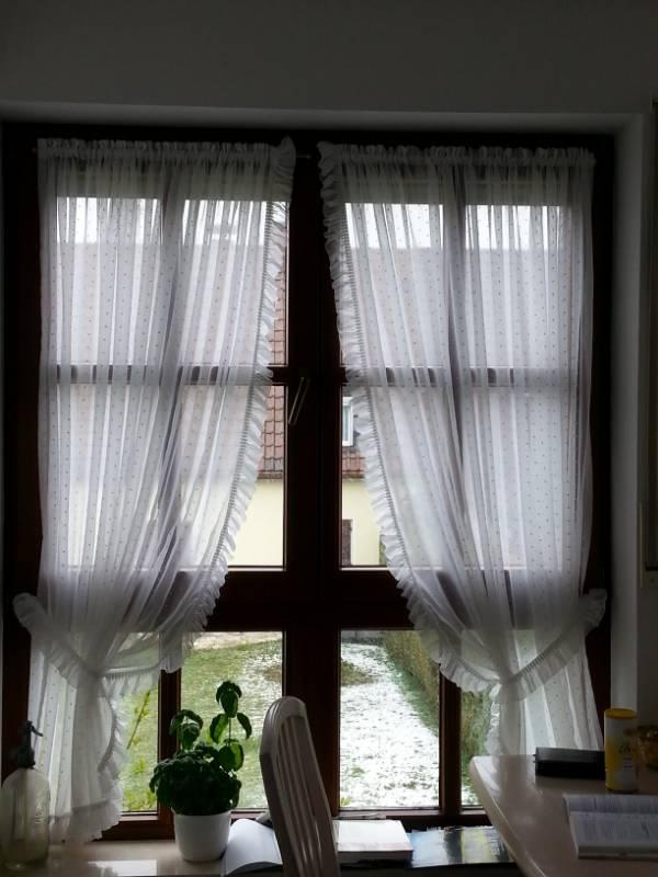 gardinen tipps fenster am erker k che forum einrichten und deko. Black Bedroom Furniture Sets. Home Design Ideas