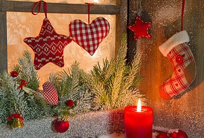 basteln anh nger f r den weihnachtsbaum. Black Bedroom Furniture Sets. Home Design Ideas