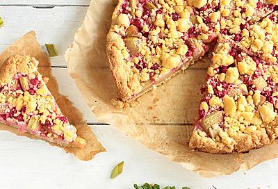 Rhabarber Zeit Für Leckere Kuchen Und Desserts Alle Infos Bei
