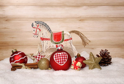 Weihnachtsdeko ein mix aus materialien und farben - Weihnachtsdeko rot ...